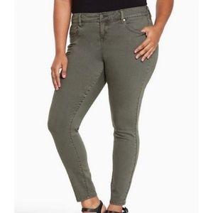 Torrid Olive Green Skinny Stretchy Jean's Soze 14R
